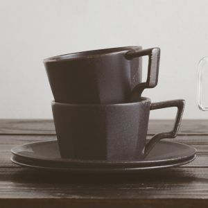 KINTO OCT CUP AND SAUCER 8OZ BLACK